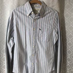 Brand New Abercrombie & Fitch Button Up Shirt!